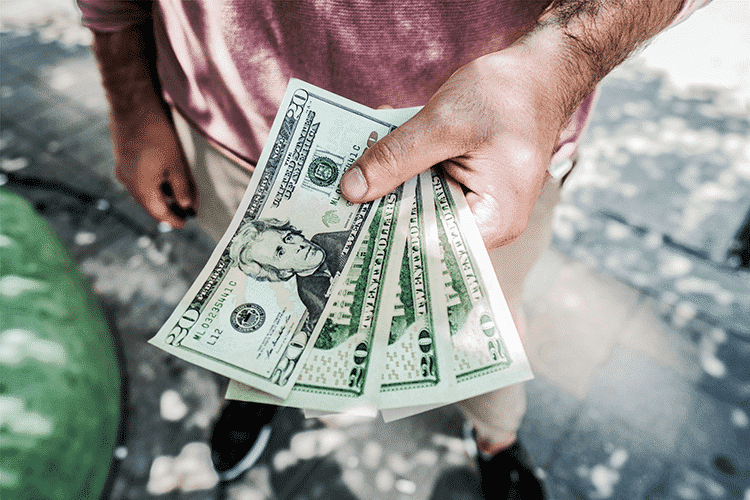 Lowest-Cost-of-Living-Man-cash